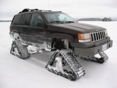 Jeep-grand-cherokee-snow-tracks-dominator-track-truck-track-kit-track-system-ice-fishing-3.jpg