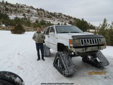 Jeep-grand-cherokee-snow-tracks-dominator-track-truck-track-kit-track-system-ice-fishing-8.jpg