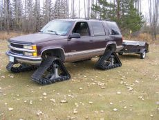 Chevy-Suburban-Snow-Tracks.jpg