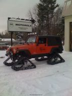 Snow-Tracks-Jeep.jpg