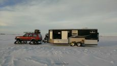 Jeep-Cherokee-Ice-Fishing-Setup-4.jpg