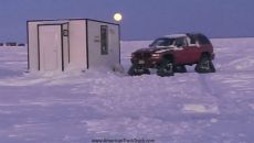 98-Dodge-Durango-Lake-of-the-Woods-Comfortable-Ice-Fishing-3.jpg