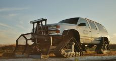 Tracked-Chevy-Suburban-Snow-Machine.jpg