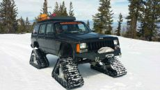 1987-Jeep-Cherokee-DOMINATOR-XLs-and-lockers-front-rear.jpg