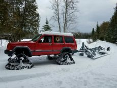 Jeep-Cherokee-Dominators-Trail-Grooming.jpg