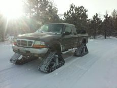Ford-Ranger-XL-Tracks-2.jpg